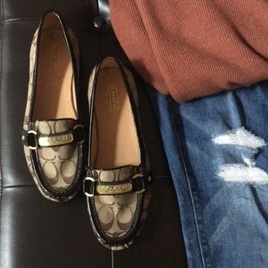 Coach loafers 😍